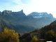 Vue sur Croix de Fer, Aiguille d'Aujon, sous la neige les Aiguilles de Warens.A 750m. d'altitude le village de Lutz.