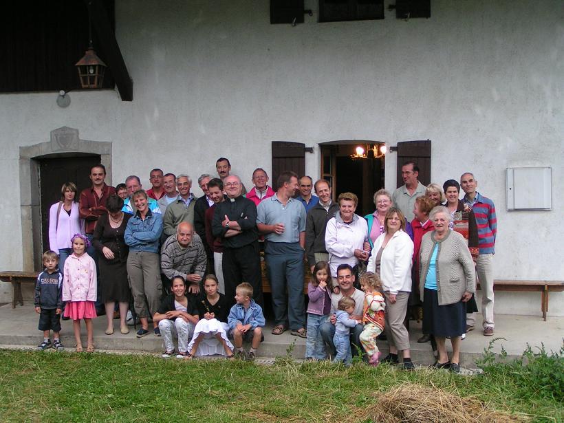 Apéro après la messe annuelle le 26 juillet 2008